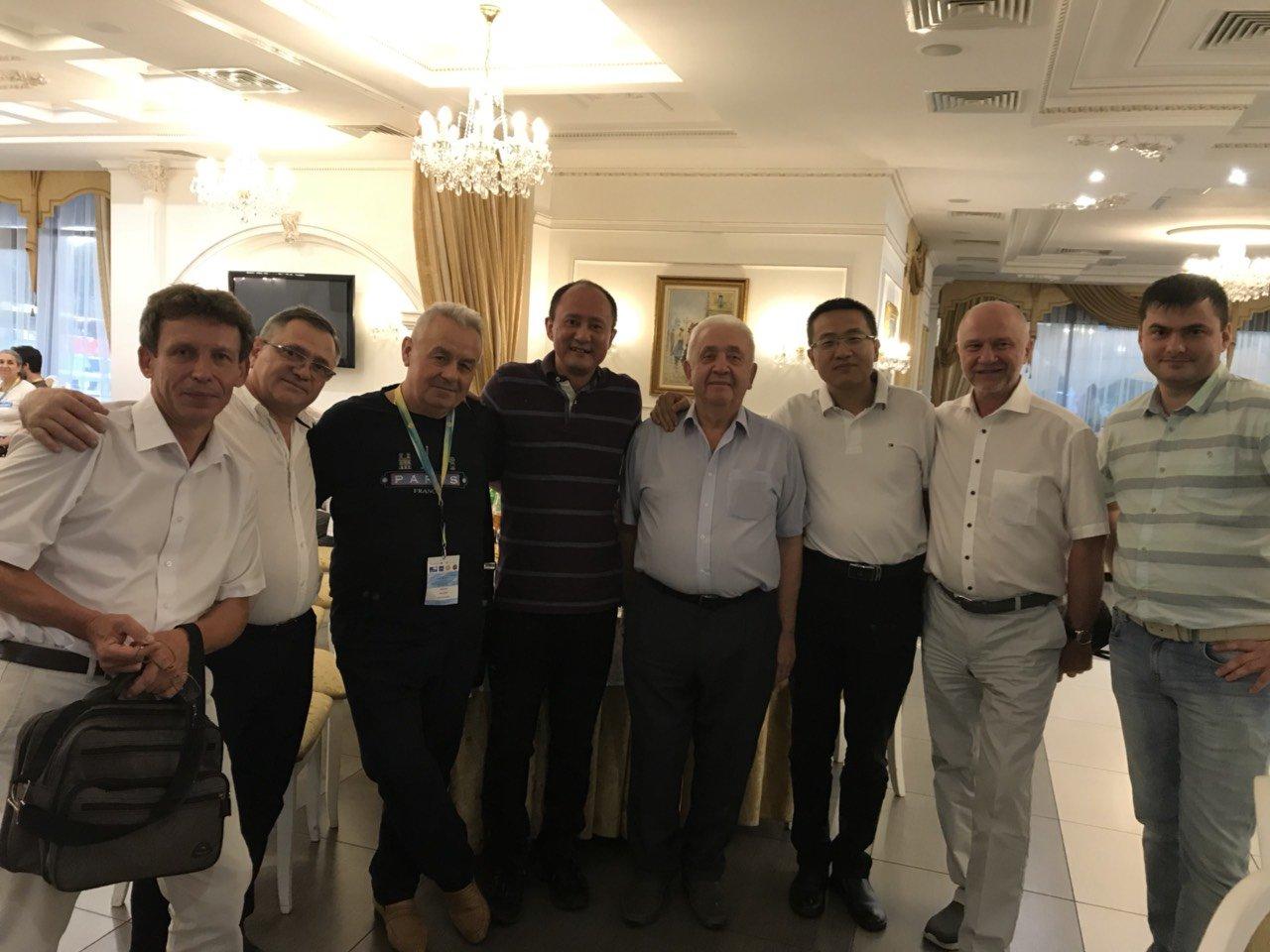 Перший курс NATON ACADEMY за участю всесвітньо відомих лікарів транслювали в госпіталях Донбасу